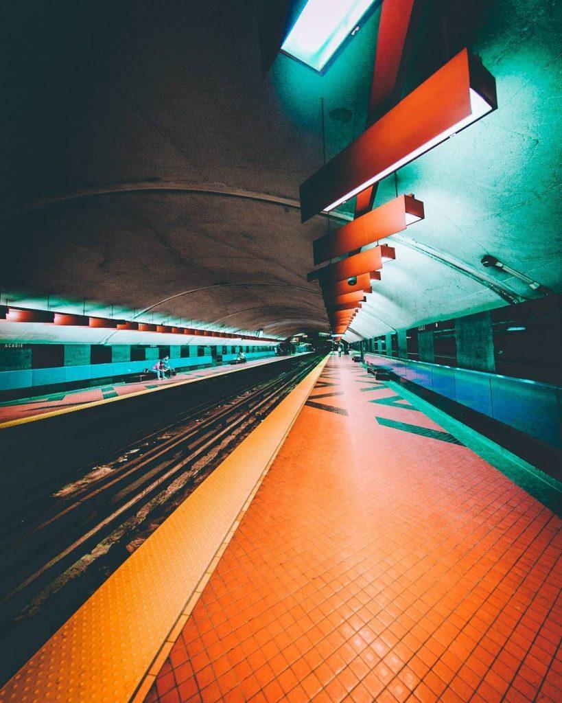 Foto urbana con alto contraste de color. Fotografía urbana